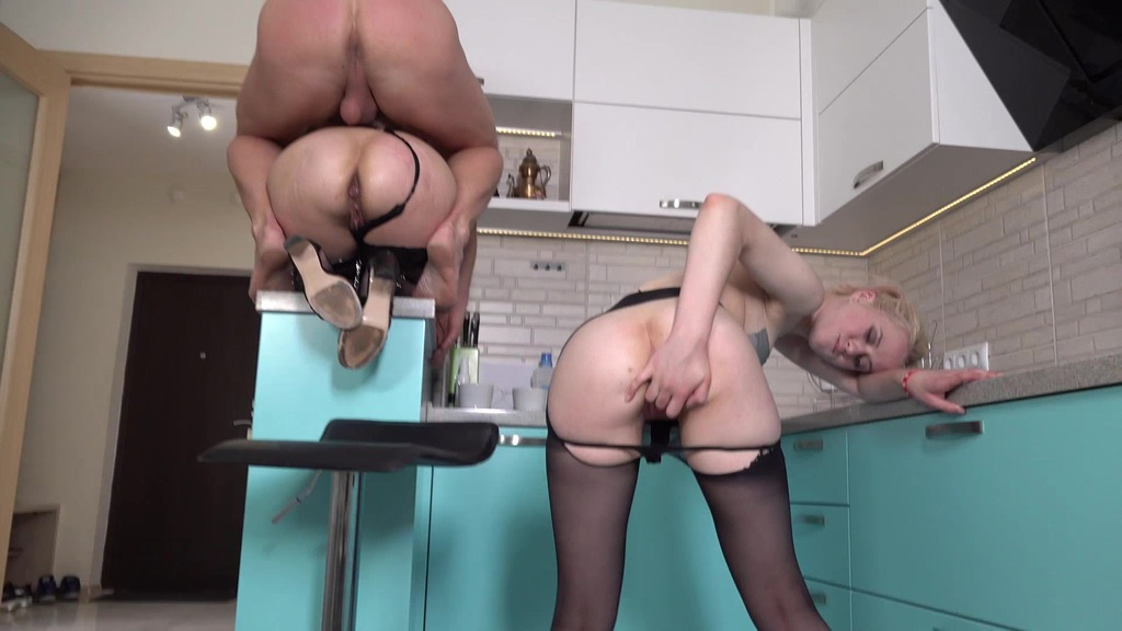 Married couple fucks step daughter, dude fucks both in anal (Clockwork Victoria) MS051