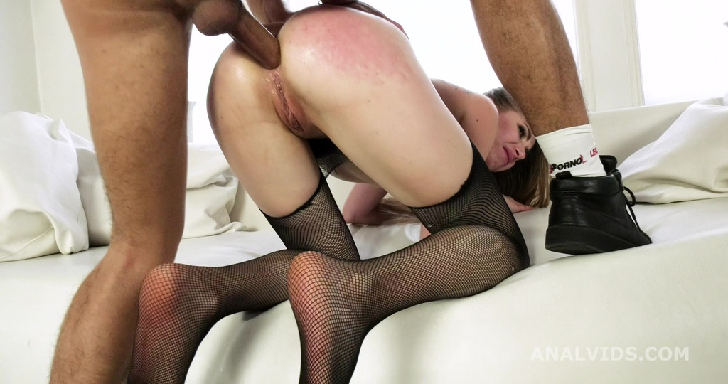 Anal Casting, Linda Sirens Welcome to Porn with Balls Deep Anal, Rough Sex...