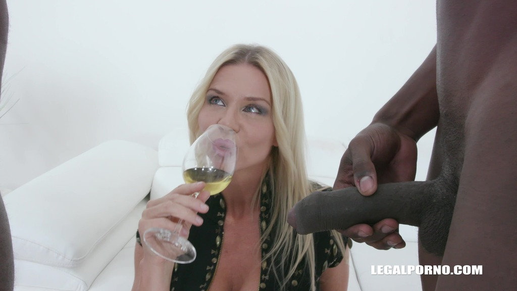 Nadya Basinger enjoys black cocks and black champagne IV360