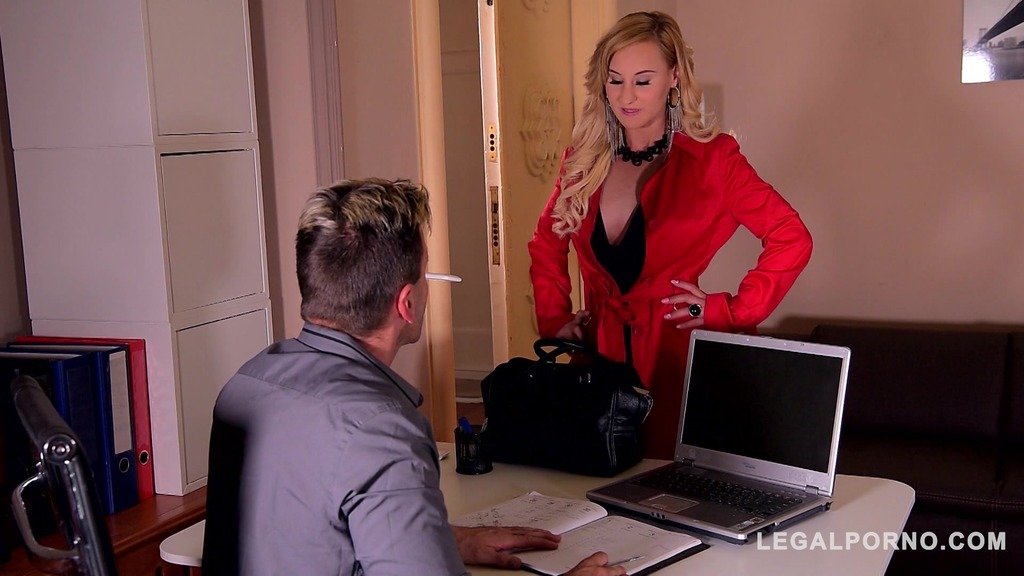 Submissive bombshell Helena Valentine dominated & ass fucked in handcuffs GP250