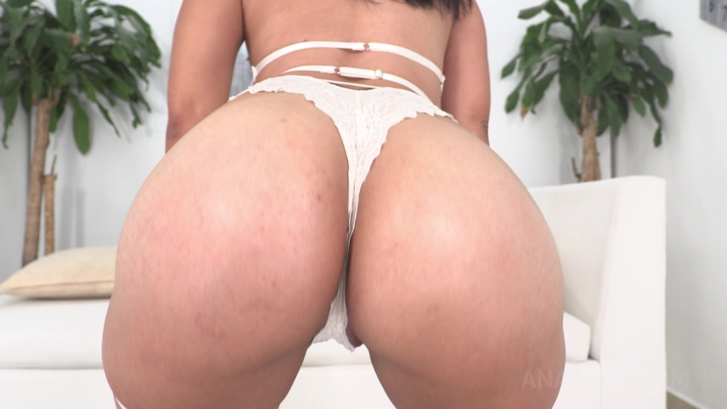 Anna Cross anal fucked with double penetration by 2 BBC NT033