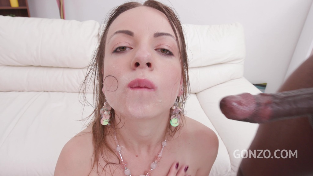 Anal with 4 Guys turned Lilit Sweet into a Whore