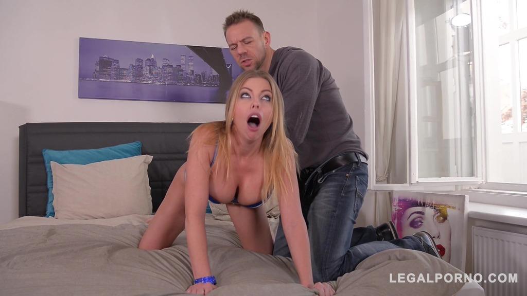 Busty Britney Amber's deep throat & big titties fucked balls deep on bed GP336