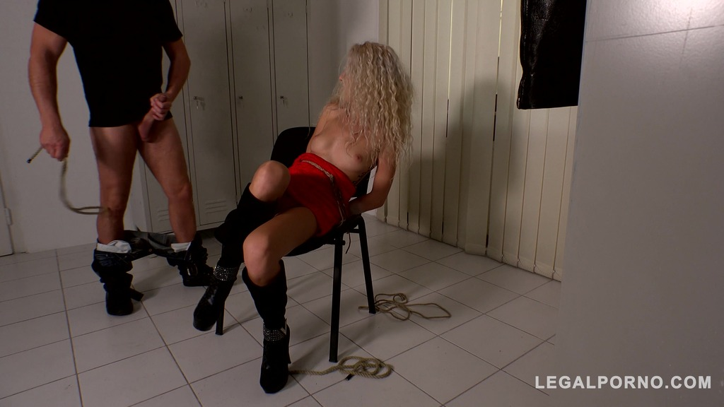 Sexy blonde stunner Monique Woods humiliated & fucked in the locker room GP358