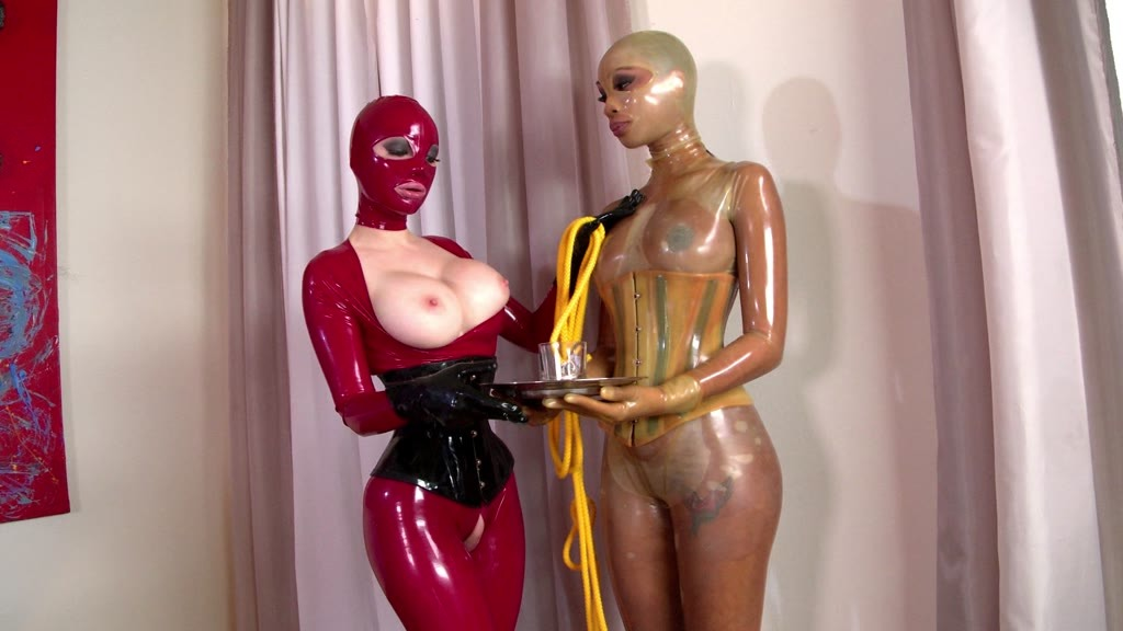 Extremely hot Latina Katia De Lys ass fucked while licking sexy Latex Lucy GP984