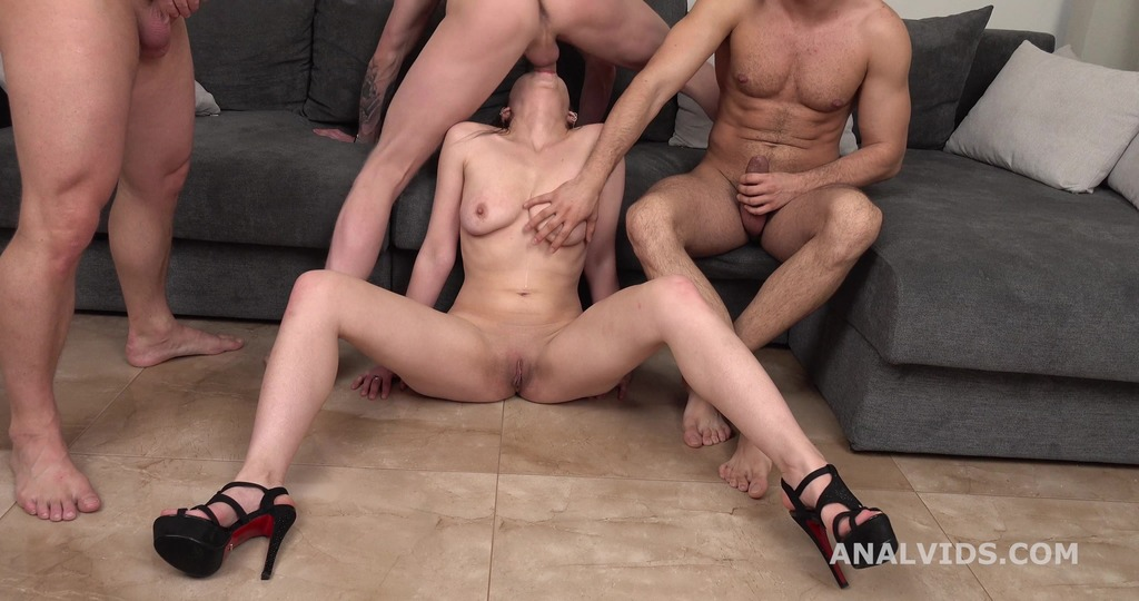 Russian Pee, Foxy Slave rough 3on1 with DP, Manhandle, Pee Drink and Cumswallow GL465