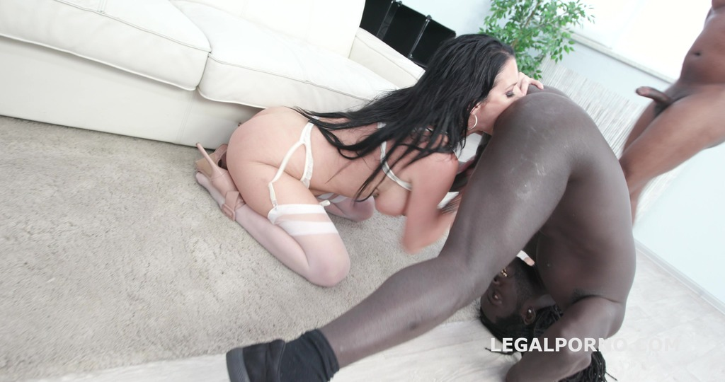 Waka Waka Blacks are Coming with Veronica Avluv 4 BBC total balls deep,...