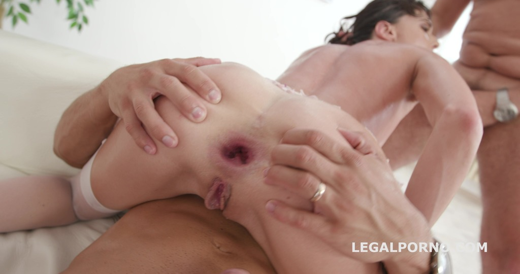 Double Anal Destination for Lexi Fox