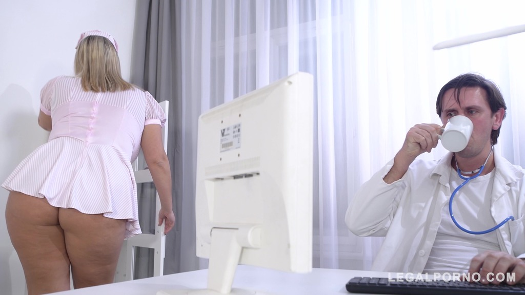 Busty nurse Krystal Swift titty fucked at the hardcore clinic by Doc's dick GP435