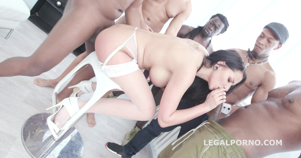 Waka Waka, Blacks are Coming! Jolee Love gets 5 BBC with Balls Deep Anal /...