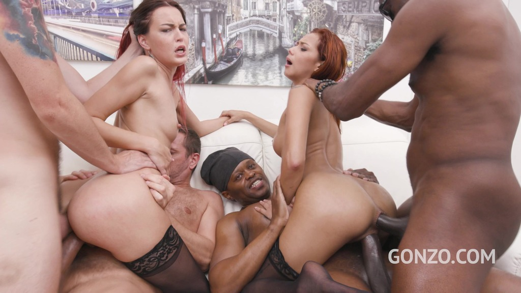 Veronica Leal & Cindy Shine assfucked together by 4 huge cocks SZ2531