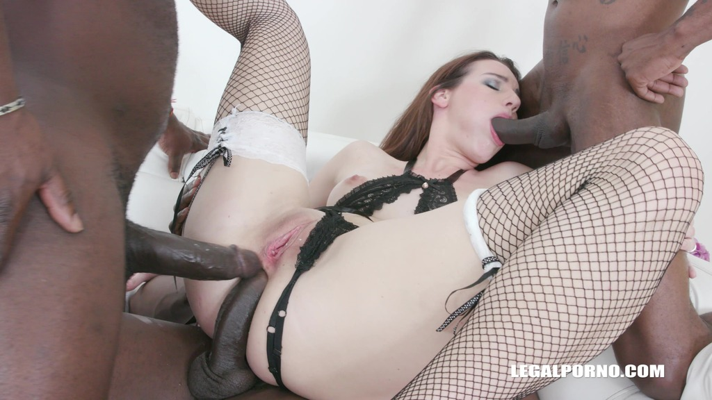 Amanda Hill discovers black feeling IV421