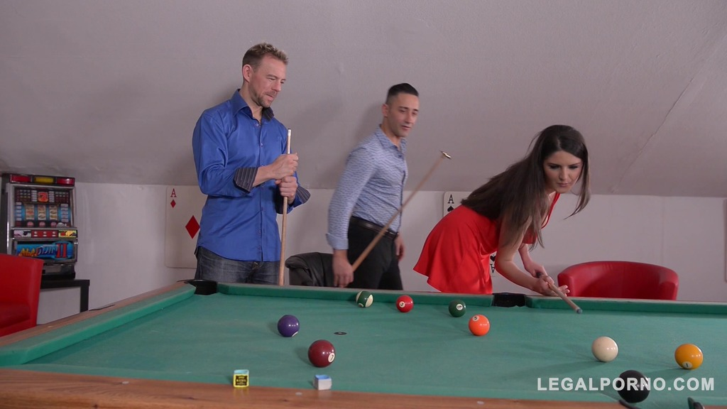 Sexy brunette hottie Francesca Dicaprio double penetrated on the pool table GP331