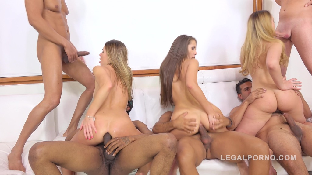 Maria Devine, Briana Bounce, Ally Breelsen & April Storm 5on4 orgy with DP & DAP RS220