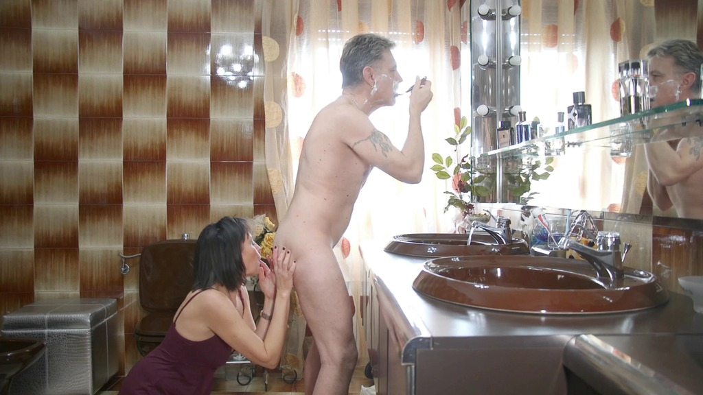 CRAZY FAMILY - WIFE DESTRUCTION - (Sabina Agos) - Dry Version MS102
