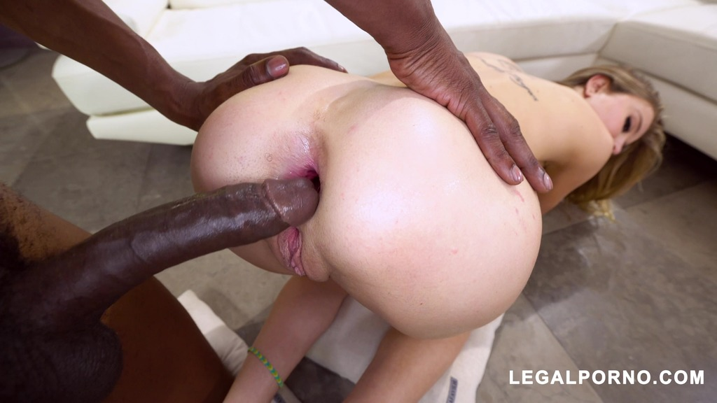 Haley Reed is Back!!! This time with 2 BBC MUST WATCH! this girl does not disappoint… AA036