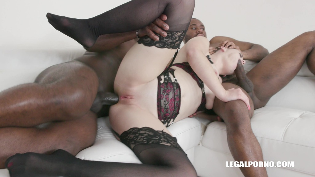 Anastasia Rose discovers black feeling IV296