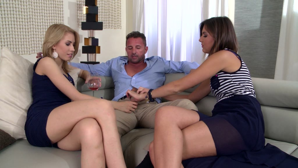 Epic Hardcore threesome fuck makes sexy Camila and Agness scream for more GP1070