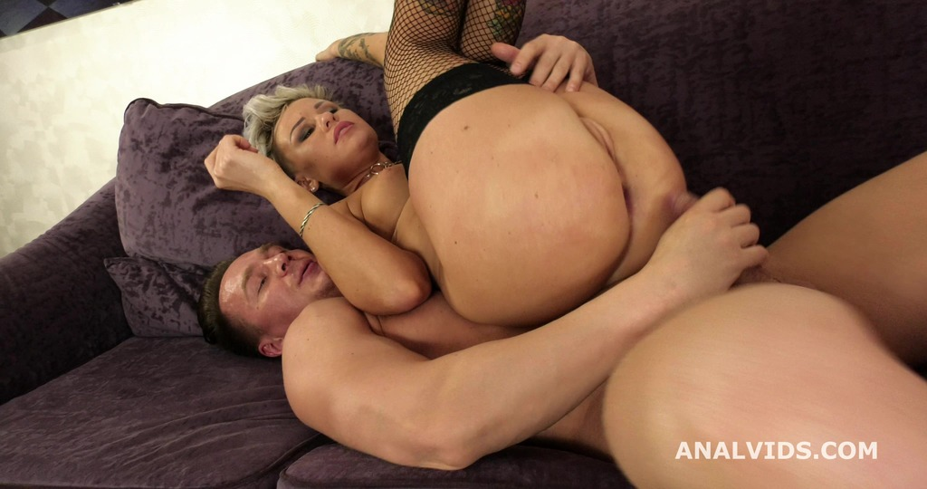 Oxy Summer joins porn and gets Wet, Balls Deep Anal, DP, Pissing and Cum in Mouth GL225