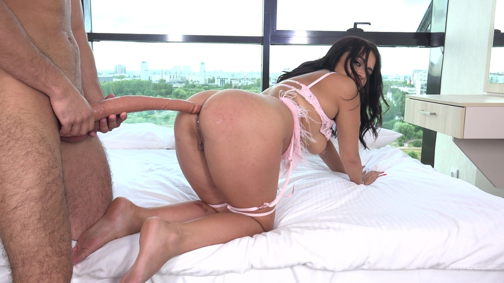 Chubby Mary Jane with Big Booty and her First Anal Casting VG028