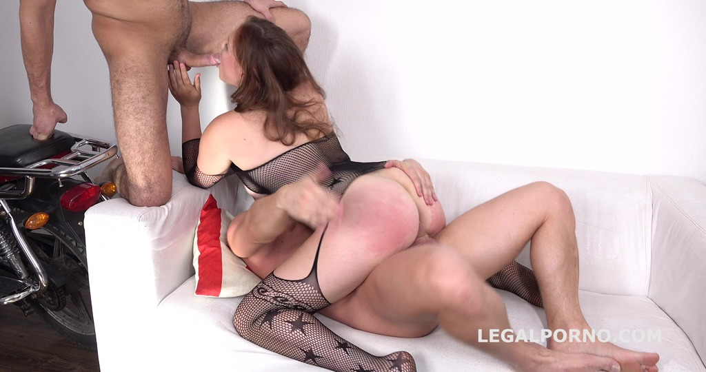 Sarah Dele gets 2on1 DP with Balls Deep Anal, Squirting, Cum in mouth GL048