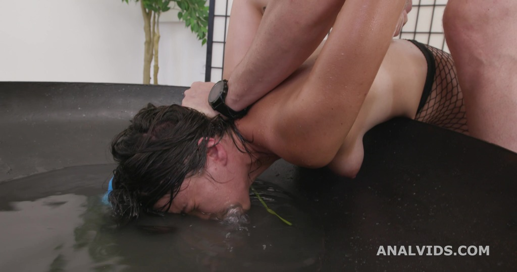 Basined, Elisabetta Zaffiro, 6on1, BBC, BWC, Anal and No Pussy, ATM, DAP, Gapes, Pee Drink, Cum in Mouth, Swallow GIO1896