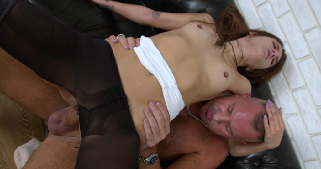 First anal casting with a young and hot Altera Pars FLX011