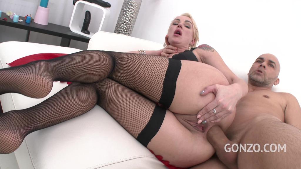 Elen Million/Iskra - sexy MILF double anal training SZ1656