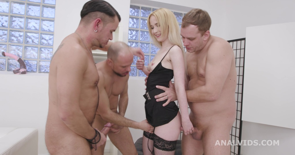 Sweetie Plum 3on1 Wet With Balls Deep Anal, DP, Gapes, Pee Drink and Swallow...