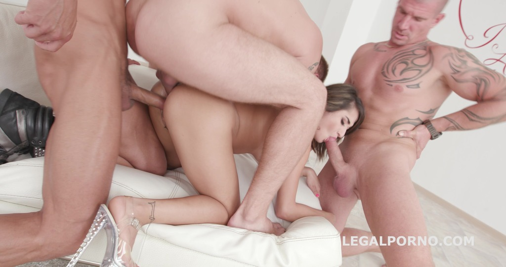 Double Anal Destination for Isabella Nice