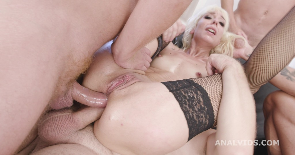 Sarah Slave 4on1 Balls Deep Anal, DAP, Gapes, Creampie and Swallow GIO1559