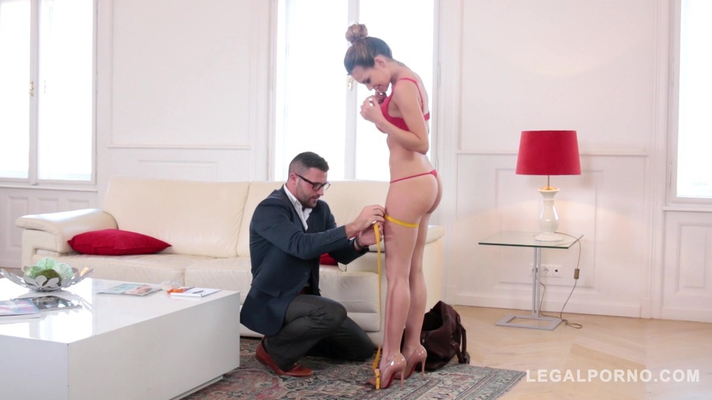 XXX model Subil Arch's tight pussy fucked deep makes her scream for more GP174