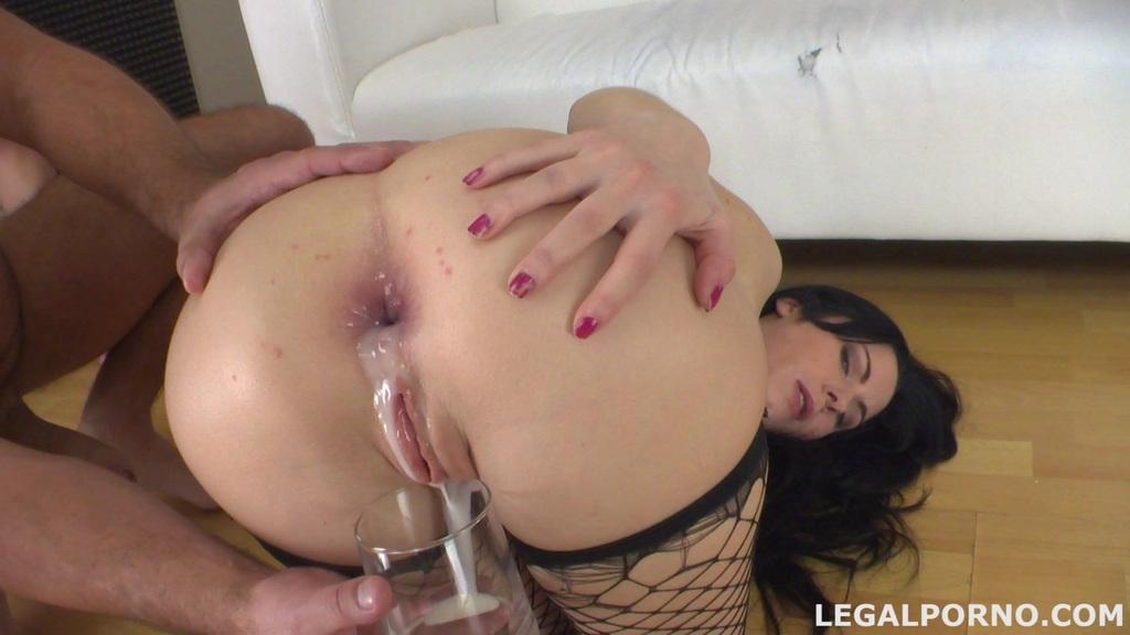 Lesbian anal piss