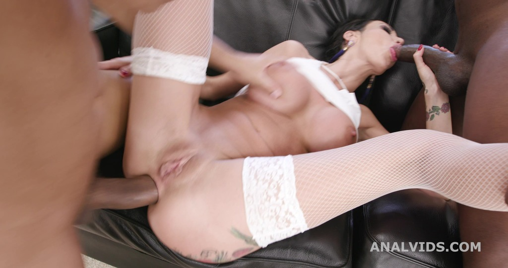 All in! Laura Fiorentino Vs 2 BBC with Balls Deep Anal, DAP, Squirting, Anal Fisting and Swallow GIO1615