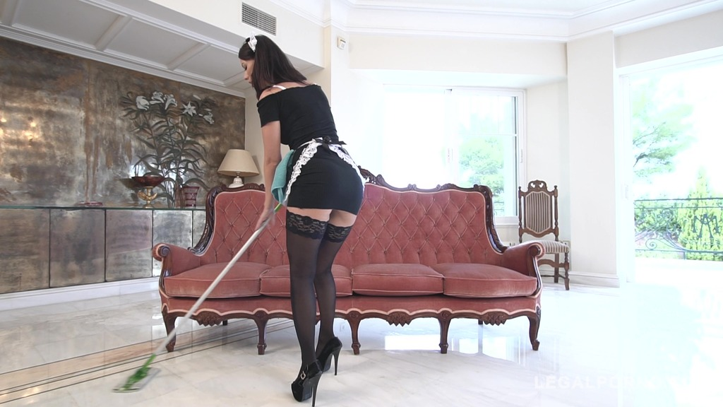 Sizzling hot maid Vicky Love rides his cock until he cums on her titties GP881