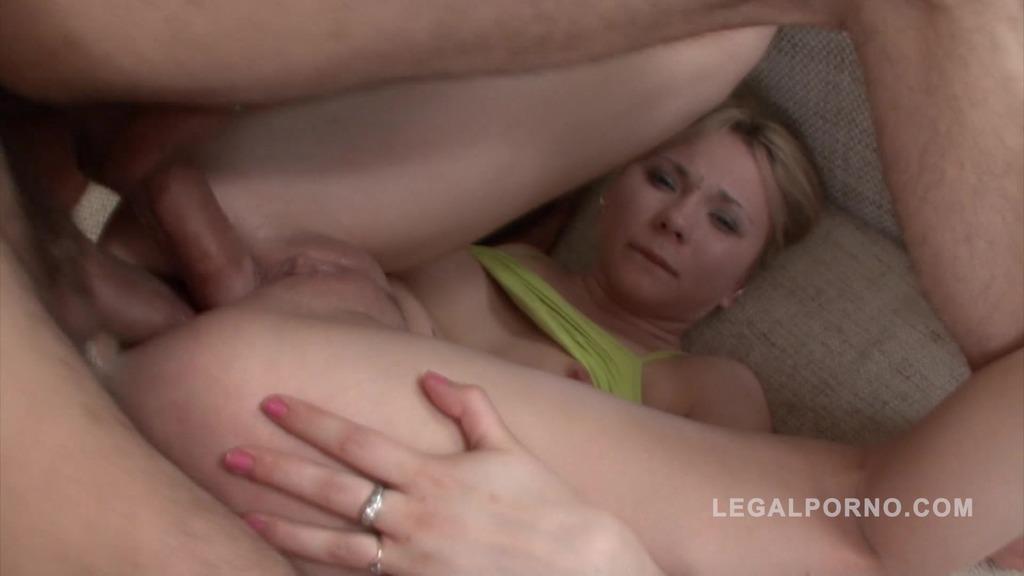 Sofia double anal video NR106
