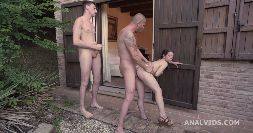 Mr. Squirt! Mary Jane meets Marco Nero & Laura Fiorentino for the first time with Balls Deep Anal & First DP GIO1458