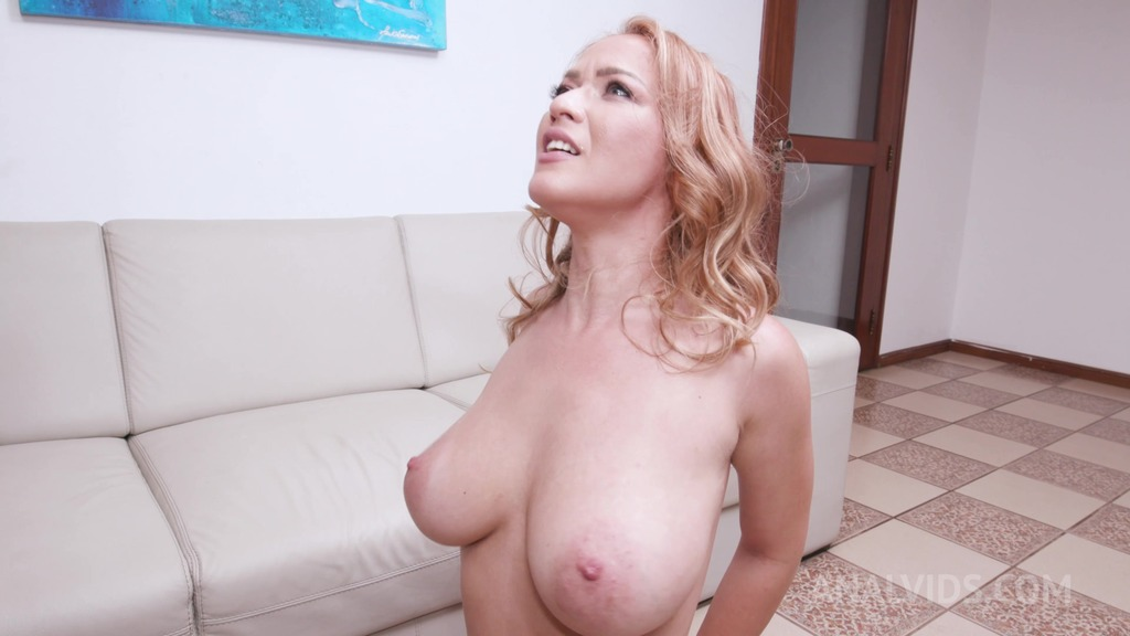 Busty milf Larissa Leite assfucked with creampie ending YE061