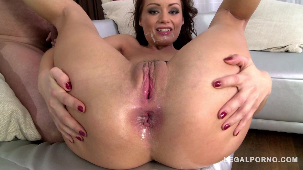 Watch hot vixen Sophie Lynx DP'ed to the extreme by two big hard cocks GP833