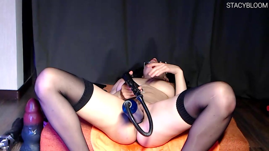 Cutie Handjob Asshole And Fucks Herself In The Ass With Huge Toys SBS059