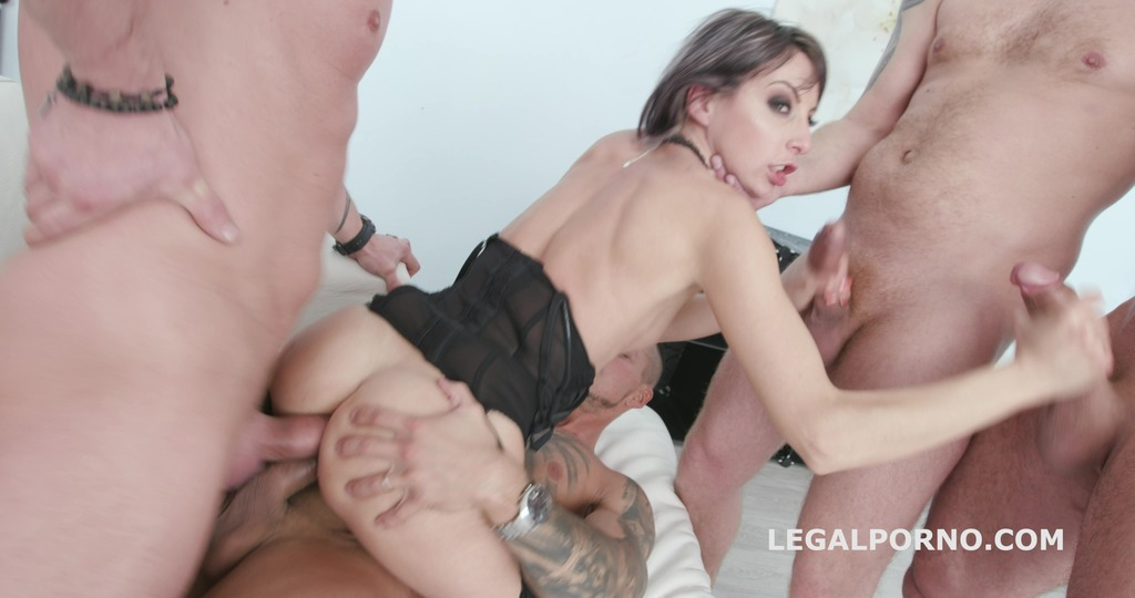 Vicky Sol Goes goes all in with Balls Deep Anal, DAP, Gapes, Facial GIO988