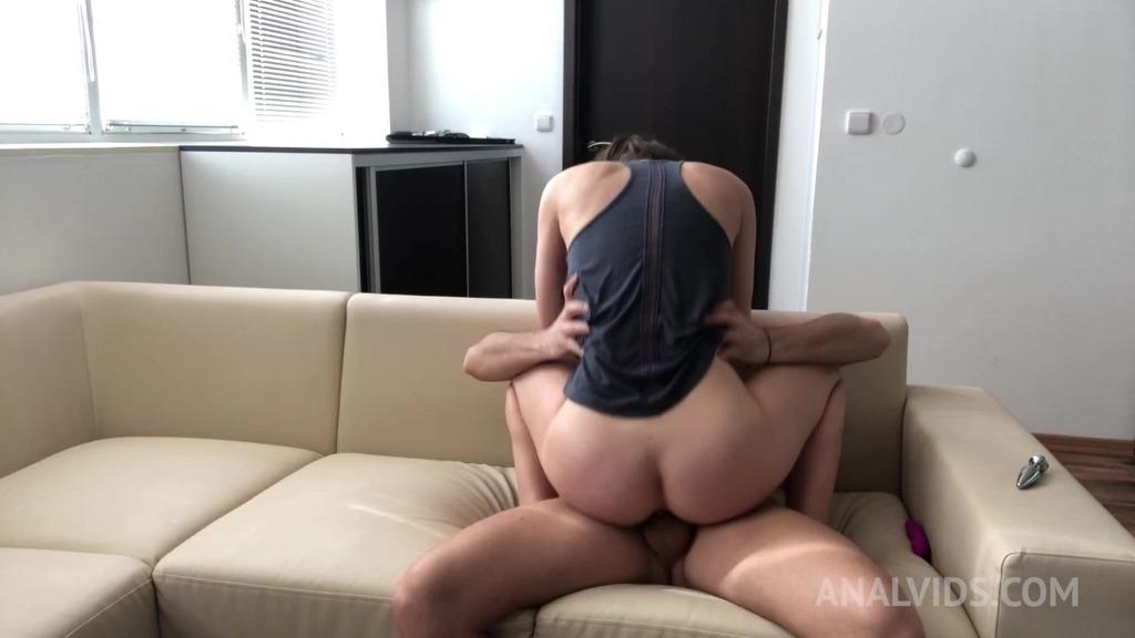Amature slut Lara Fox gets her first anal at home OTS011