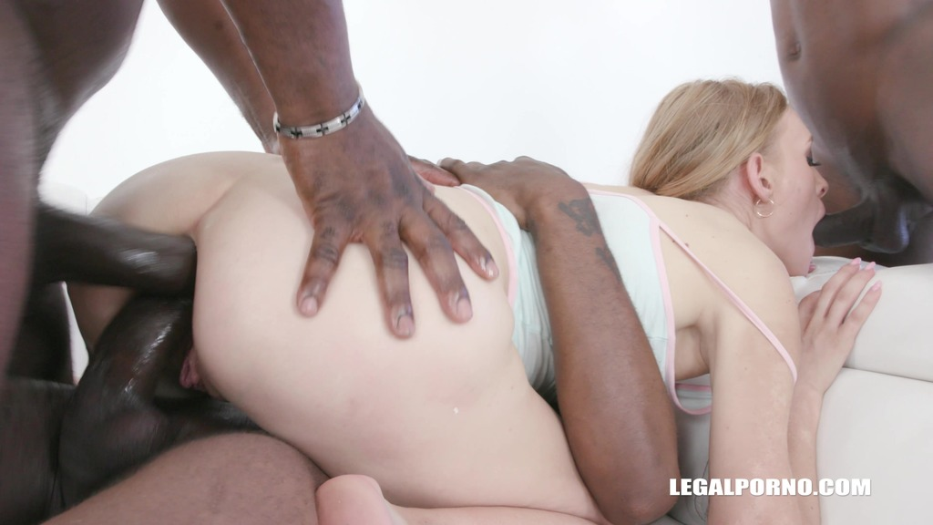 Nikki Riddle gets two black cocks in the ass IV325