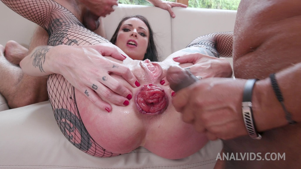 Inked milf Cris Bathory gets her asshole stretched to maximum (DP, DAP, Prolapse) YE055