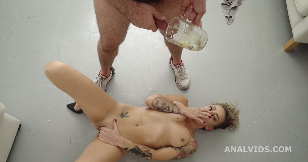 Robin's Anal Casting gets Wet, with Sonia Lion for Balls Deep Anal, Gapes and Swallow GL340
