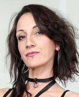 Lyna Cypher