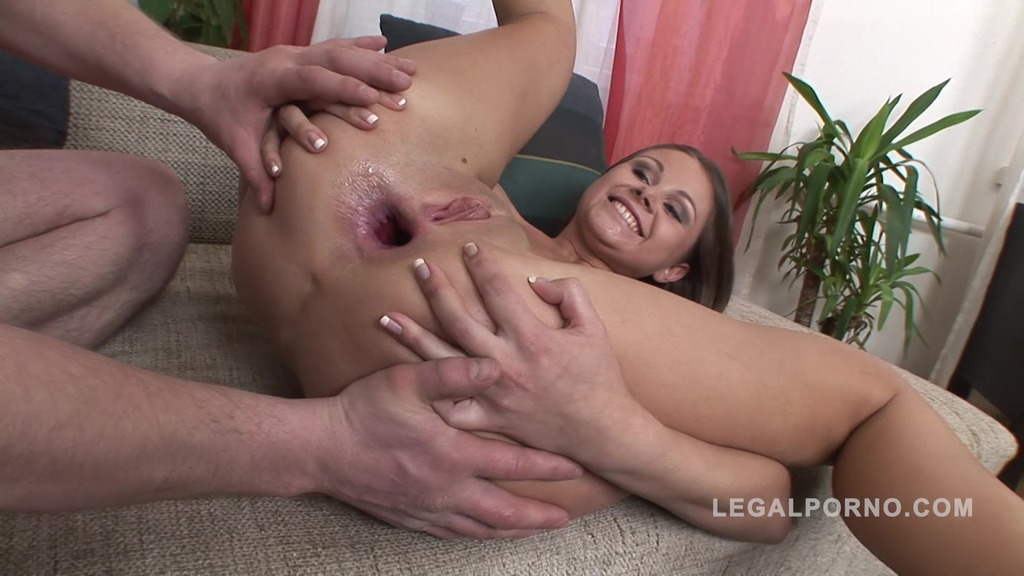 Lisa - one the cutest russian anal sluts NR198