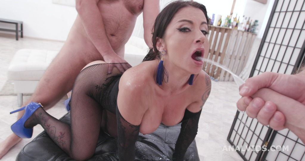 Fucking Wet, Bianka Blue Balls Deep Anal, DAP, Pee Drink and Facial GIO1501