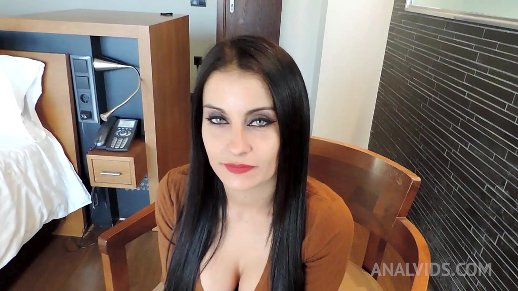 Busty spanish milf Bianca Blue rides cock in hotel room OTS016