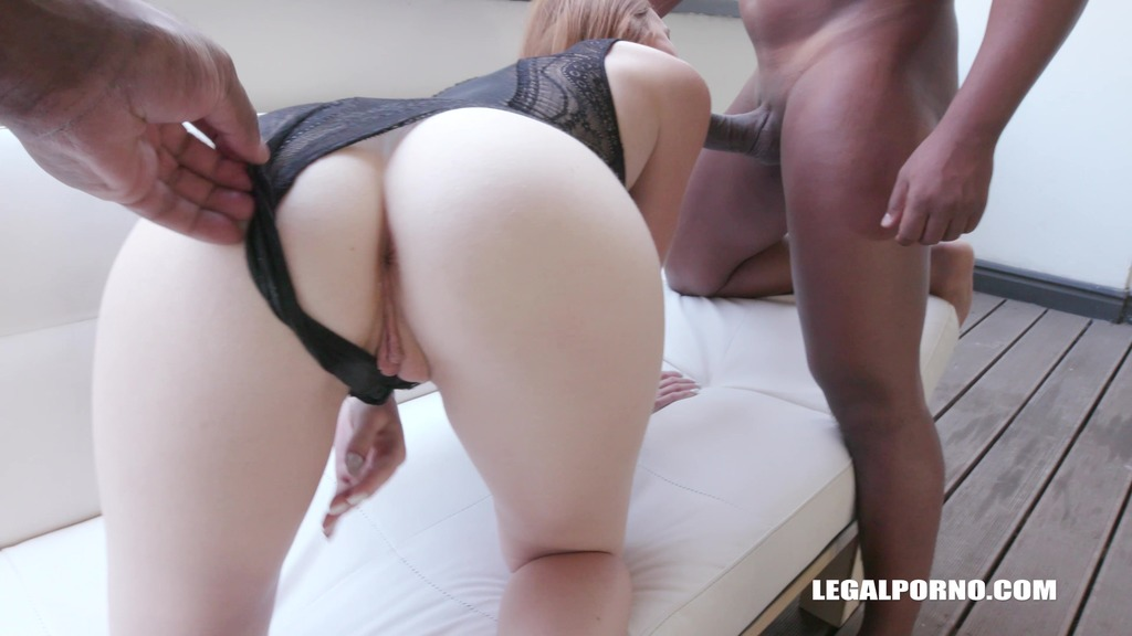 Linda Sweet is coming to enjoy kinky sex with black cocks & double anal IV202